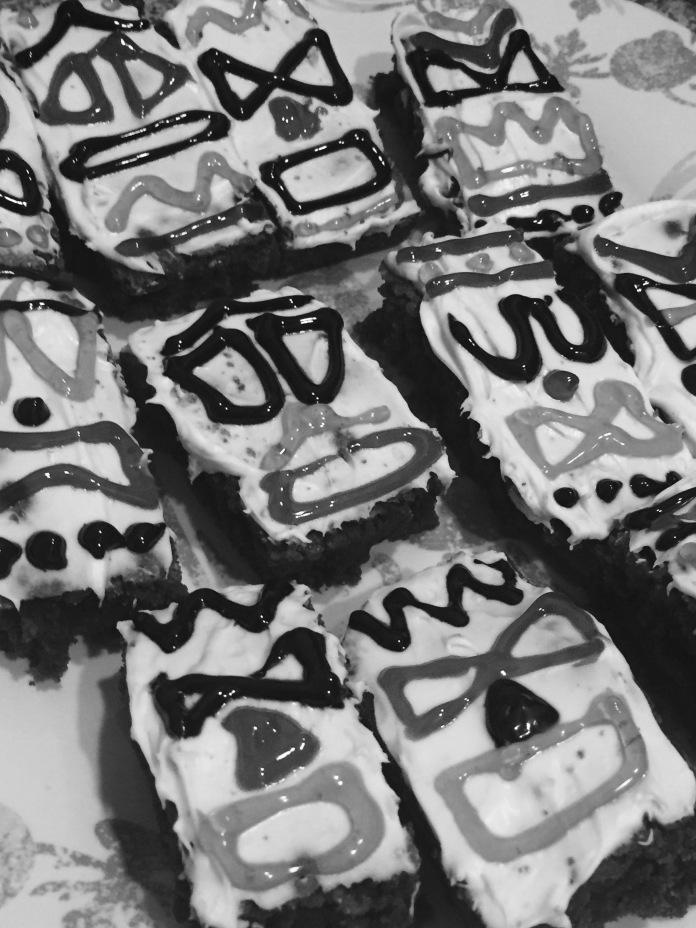 Tiki pole dairy-free brownies