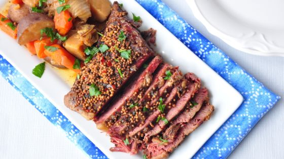 Apple Cider Corned Beef Brisket and Veggies for Apple Themed Rosh Hashanah Dinner | Crafts and Kugel